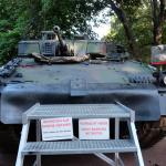 Bundesheer-Werbung-Infostand-Wien-Ulan-Schützenpanzer