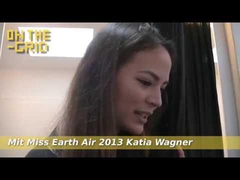 Nackt in Schaufenstern waxen lassen, Teaser mit Katia Wagner, ON THE GRID Ep 104