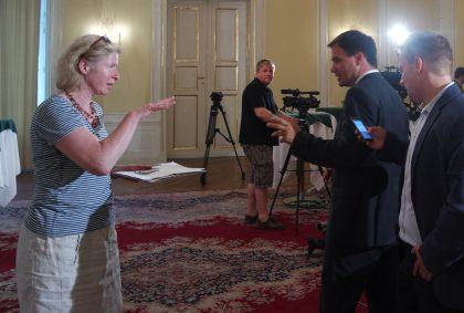 Journalist-Claudia Gigler-Kleine-Zeitung-Gespräch-Michael-Schickhöfer-SPÖ