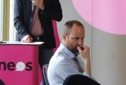 Matthias Strolz-nachdenklich-Rücktritt-Zukunft
