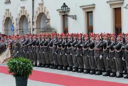 Bundesheer – Verteidigungsminister Kunasek will  die Wehrpflicht verlängern
