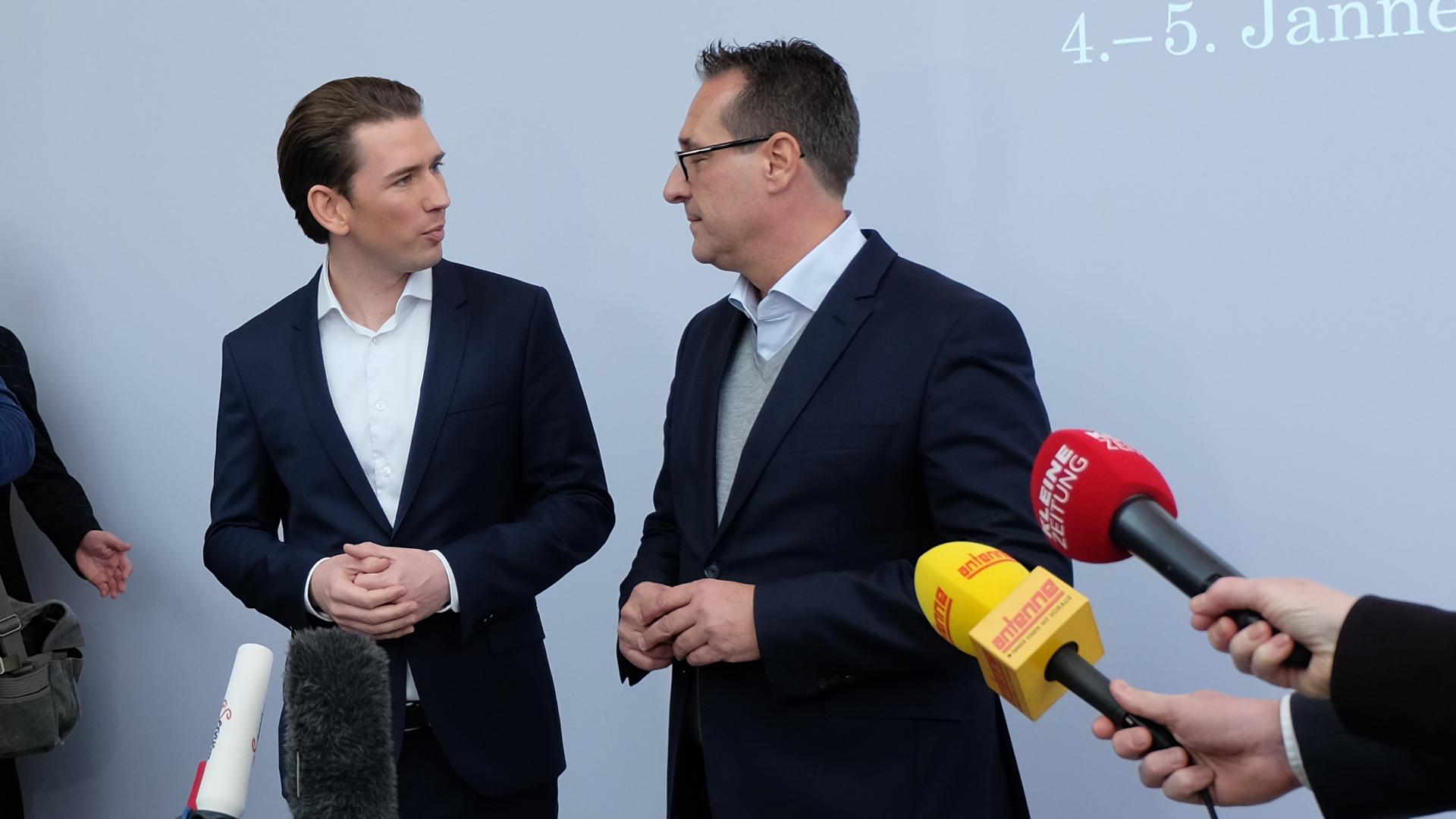 -Ausländer-Aprilscherz-Billigjobs-Kurz-Strache-Pressekonferenz-Seggau-Steiermark-Regierung-Aprilscherz