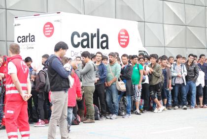 Flüchtlinge-Asylwesen-Asyl-Kickl-verstaatlichen-Graz-Steiermark-2015-Caritas-Rotes Kreuz