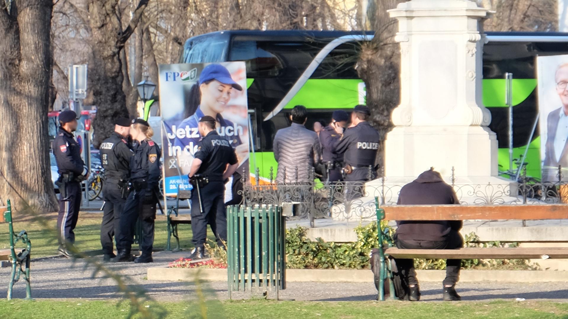 Polizei-Schutzzonen-Politik-Graz-Österreich-Polizei-Einsatz