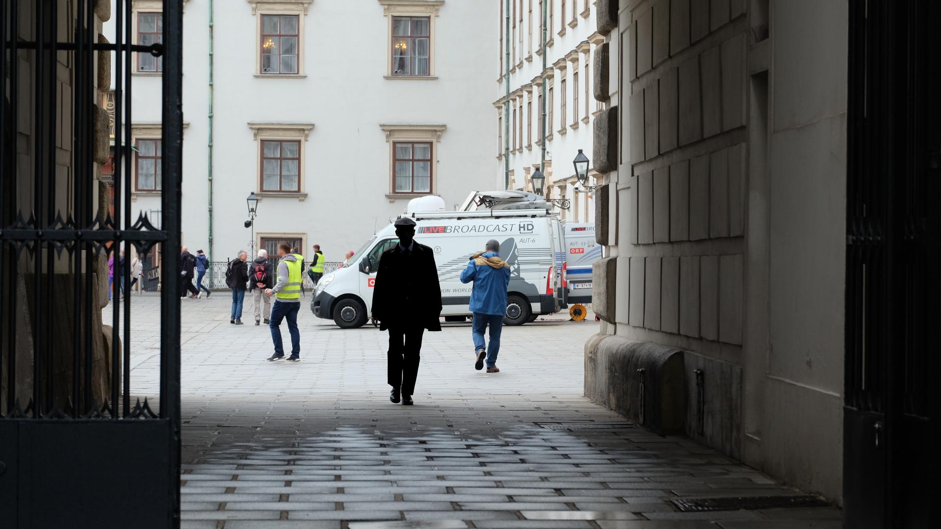 Bierlein-Bundeskanzlerin-Bundespräsident-Minister-Unbekannt-Hofburg