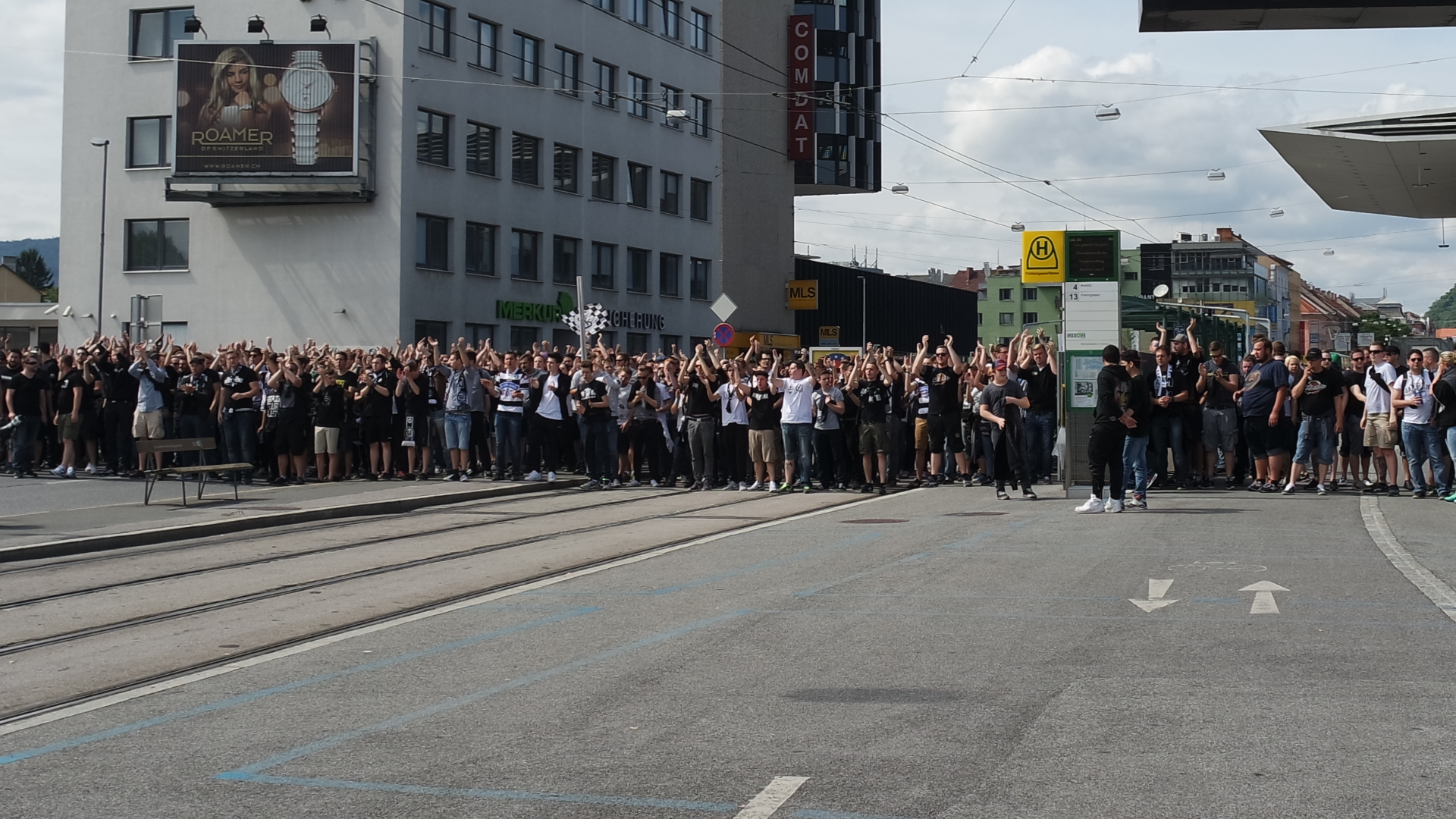 Sturm Graz-Fans-Graz-Messe-Stadthalle-Hooligans-GAK-Fußball