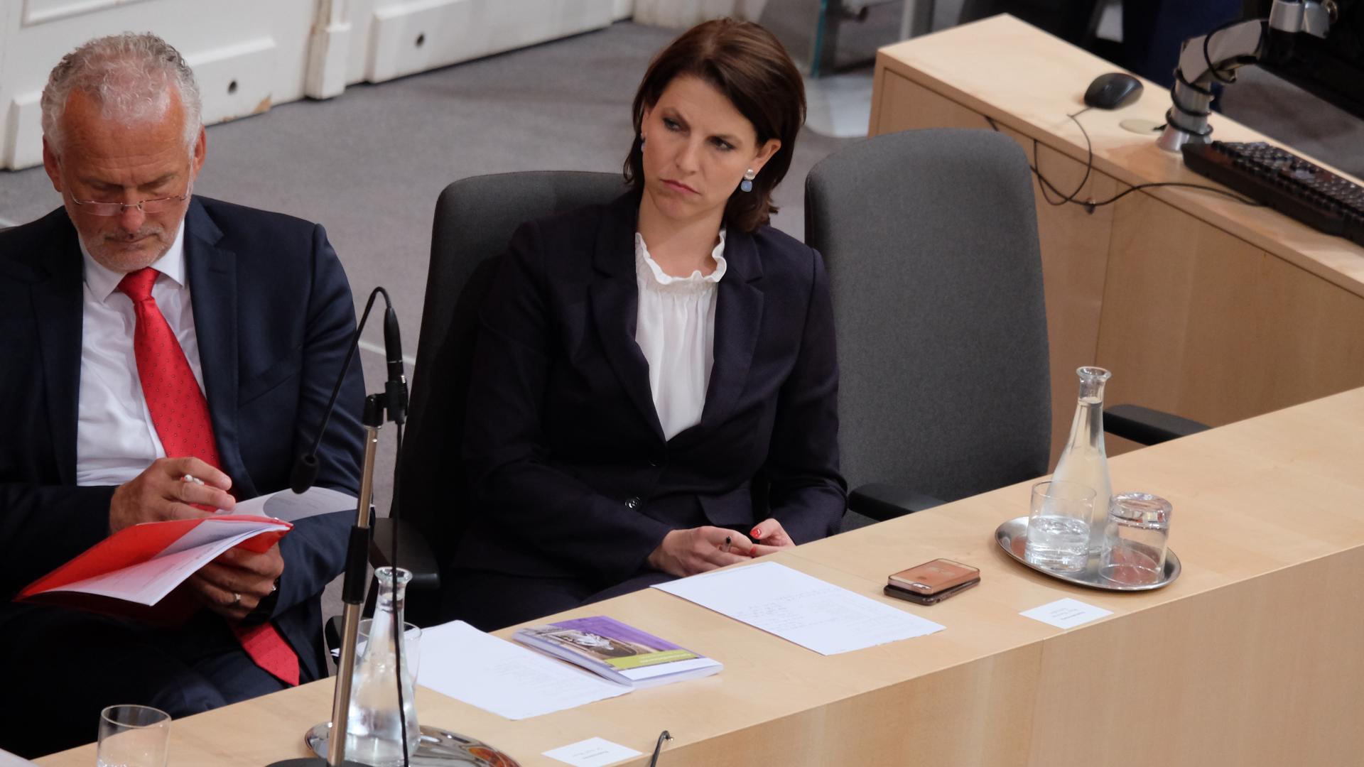 Edtstadler-Karoline-Parlament-Wien-ÖVP-Josef Moser-Sebastian Kurz