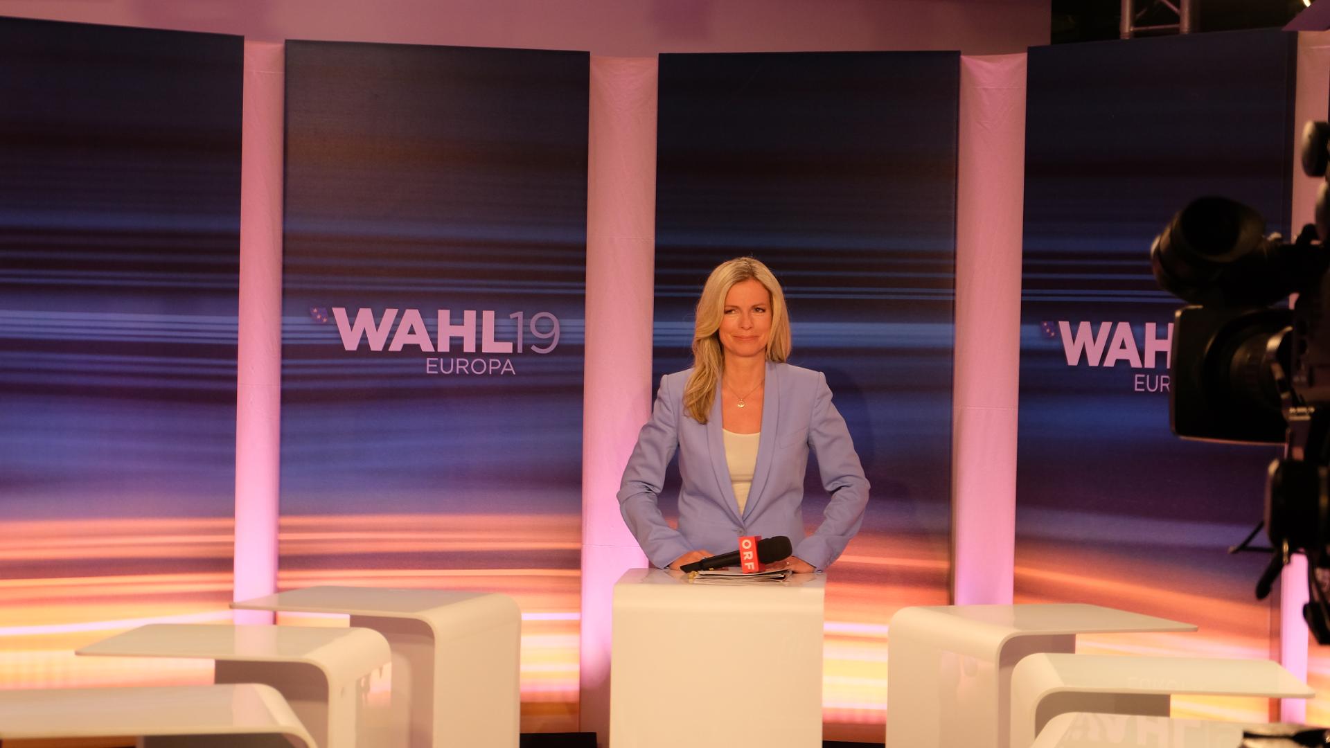 Claudia Reiterer-Im Zentrum-Journalisten-Lothar Lockl