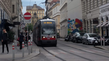 Ibiza-24. Bezirk-Wien-Straßenbahn