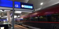 Covid-19-Zug-Österreich-Wien-Graz-Steiermark-Gesundheit-Corona-ÖBB-Reisende-Frau